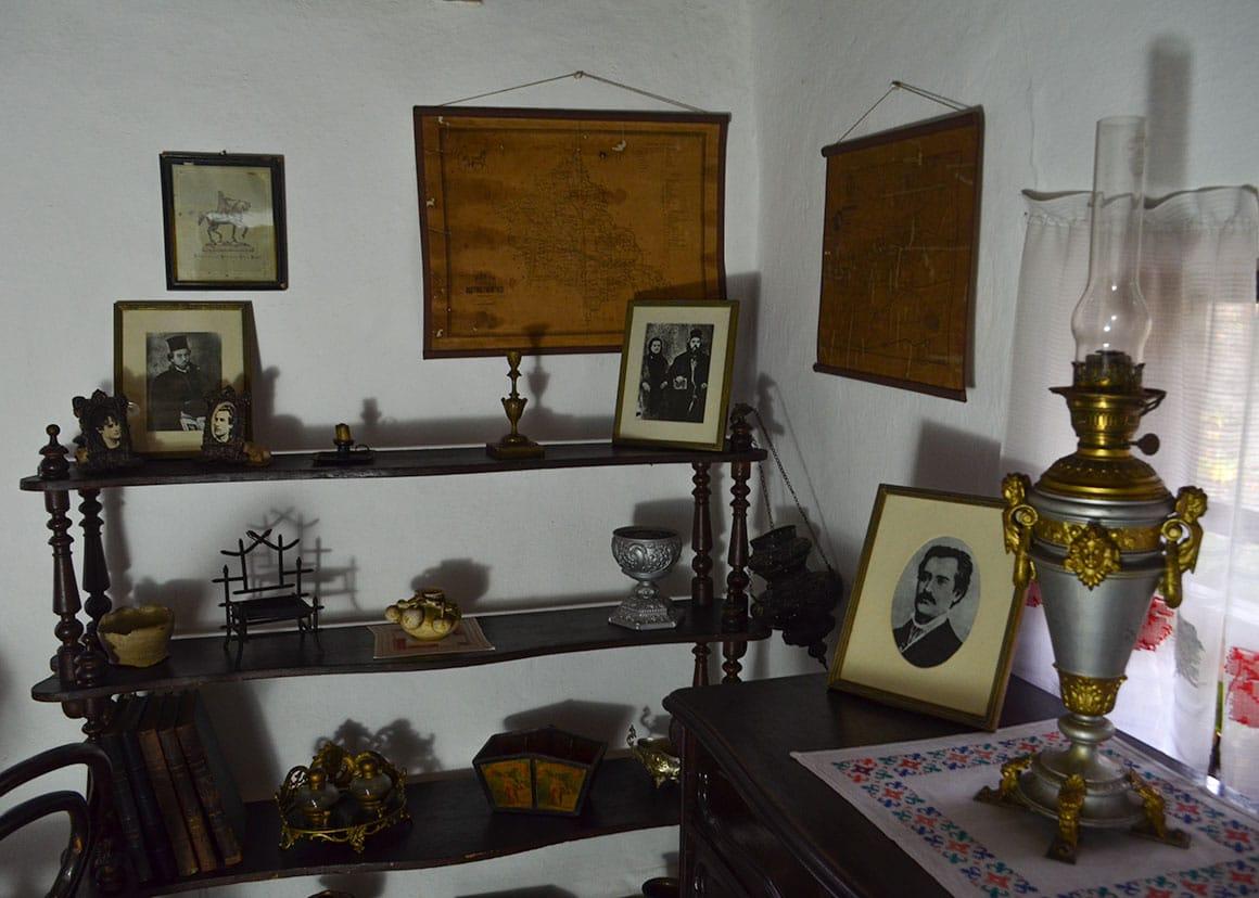 Eminescu's Lamp